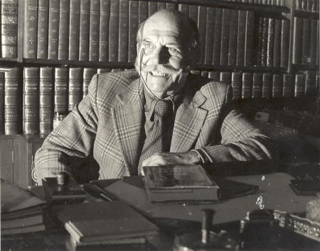 Berkely Mather in the study of his Sussex home in 1979.